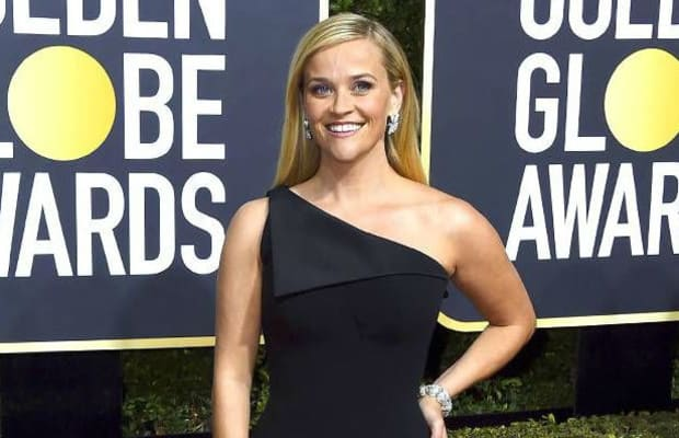 All-Black Gowns Ruled the 2018 Golden Globes Red Carpet