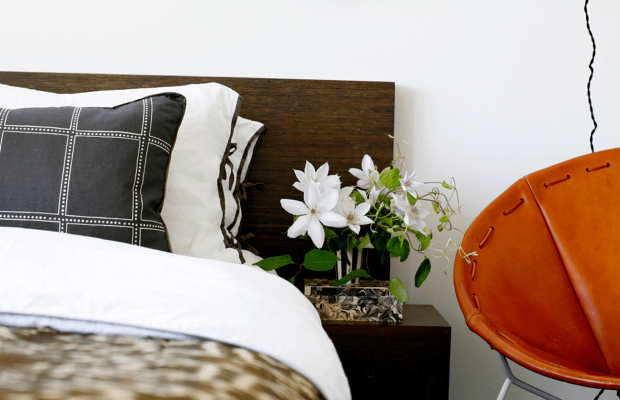 Practical Tips to Help You Be a Great Host (and Enjoy It, Too)