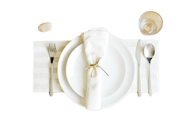 Verily_ DIY Table Settings Twine