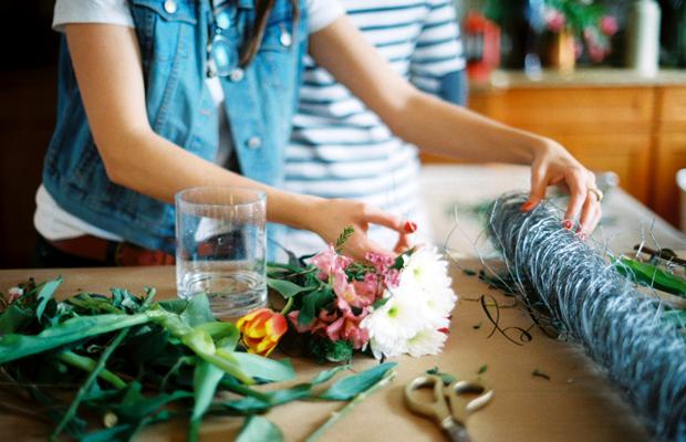 diy-flower-arranging-4