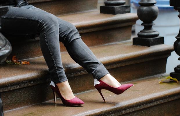 lace-heels-street
