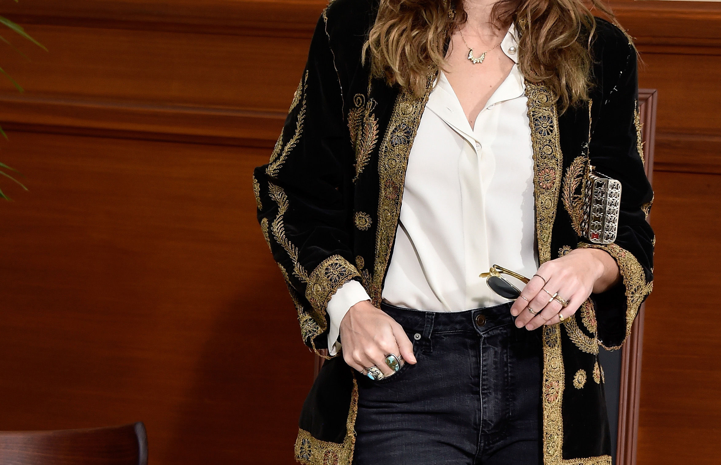 French style inspiration classic elegant cool chic European continental it girls Lou Doillon Audrey Tatou Coco Chanel Clemence Posey Virginie Ledoyen Emmanuelle Alt French Vogue