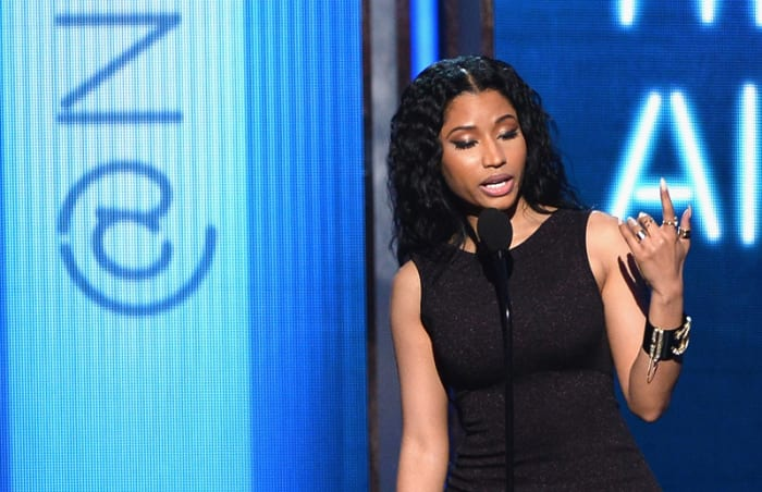 The Vmas Prove That Female Artists Have To Get Naked To Be Successful - Verily-4989