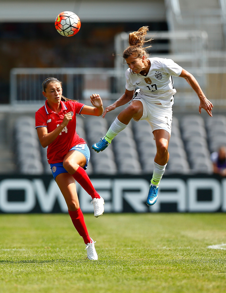 Tobin Heath #17 of the United States in action against Costa Rica during the match at Heinz Field on August 16, 2015, in Pittsburgh, Pennsylvania. (Photo by Jared Wickerham/Getty Images)