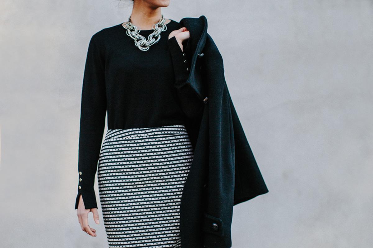 BlackSweater-9.jpg