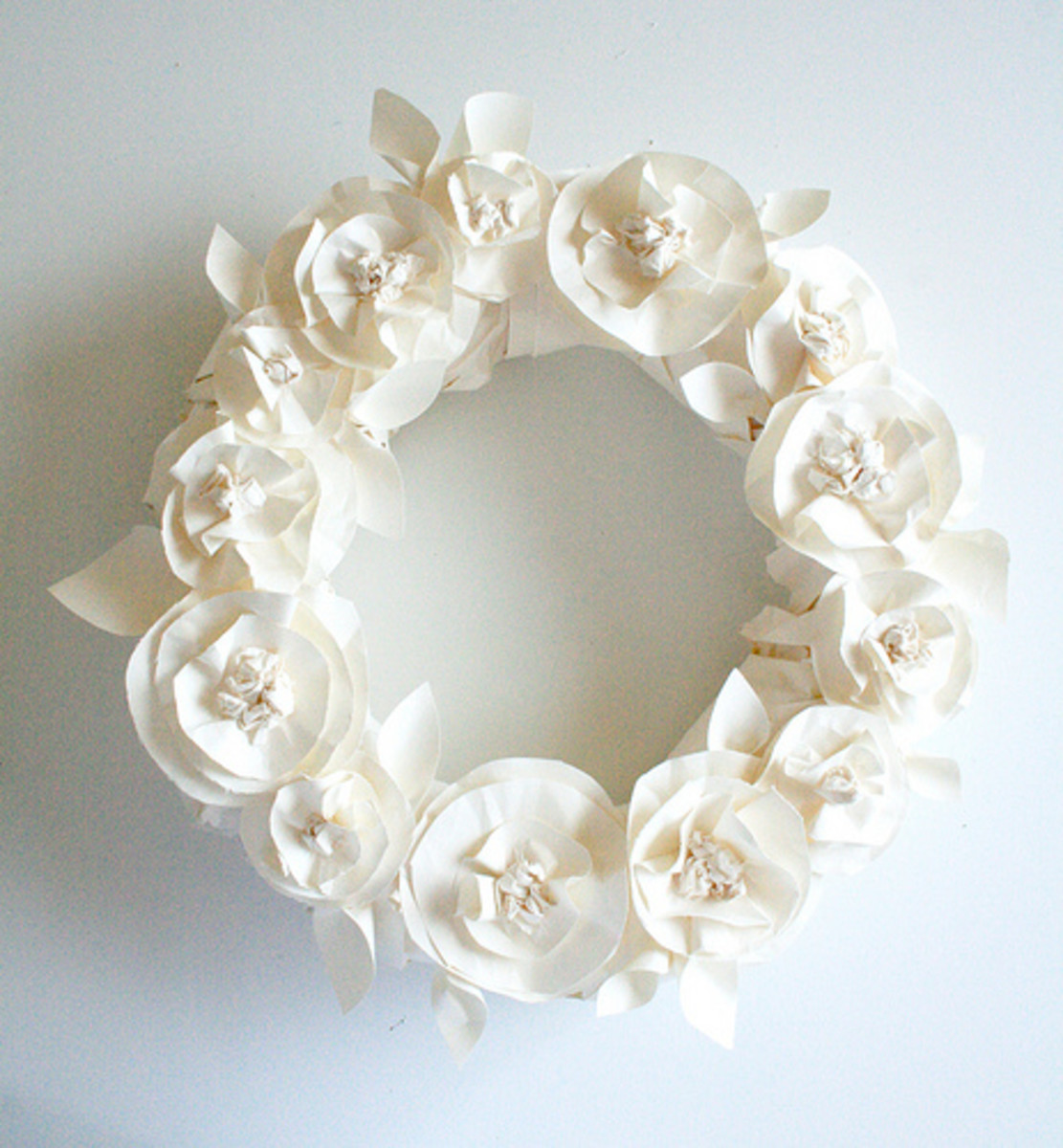 07 Butcher Paper Flower Wreath Alisa Burke.jpg