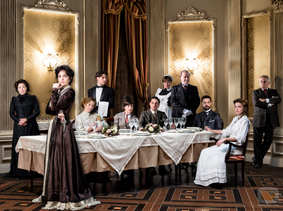 downton abbey, period drama, grand hotel