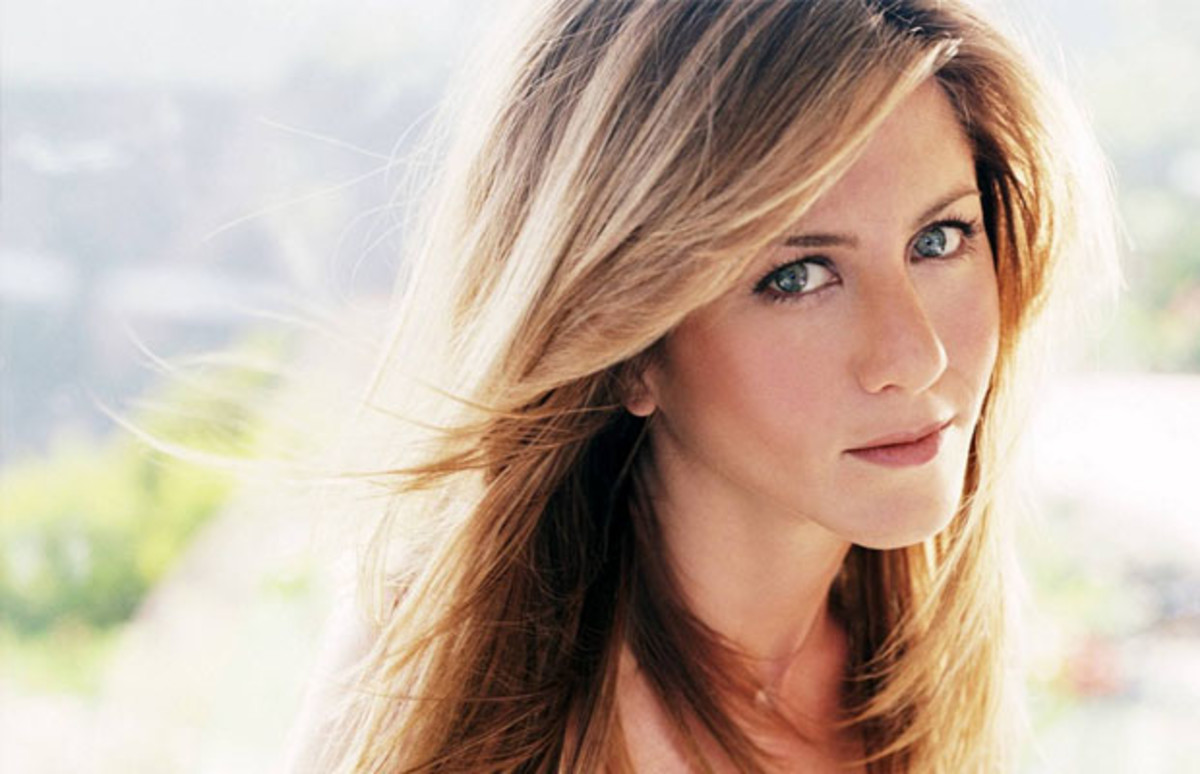 jennifer aniston, jennifer aniston mother