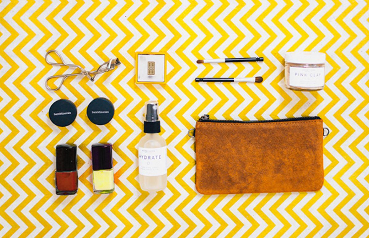 rebuild-makeup-bag