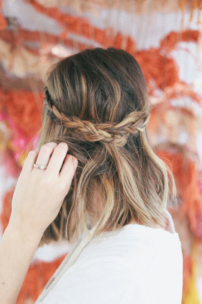 Photo Credit: Treasures & Travels Half-Up Braided Crown Tutorial