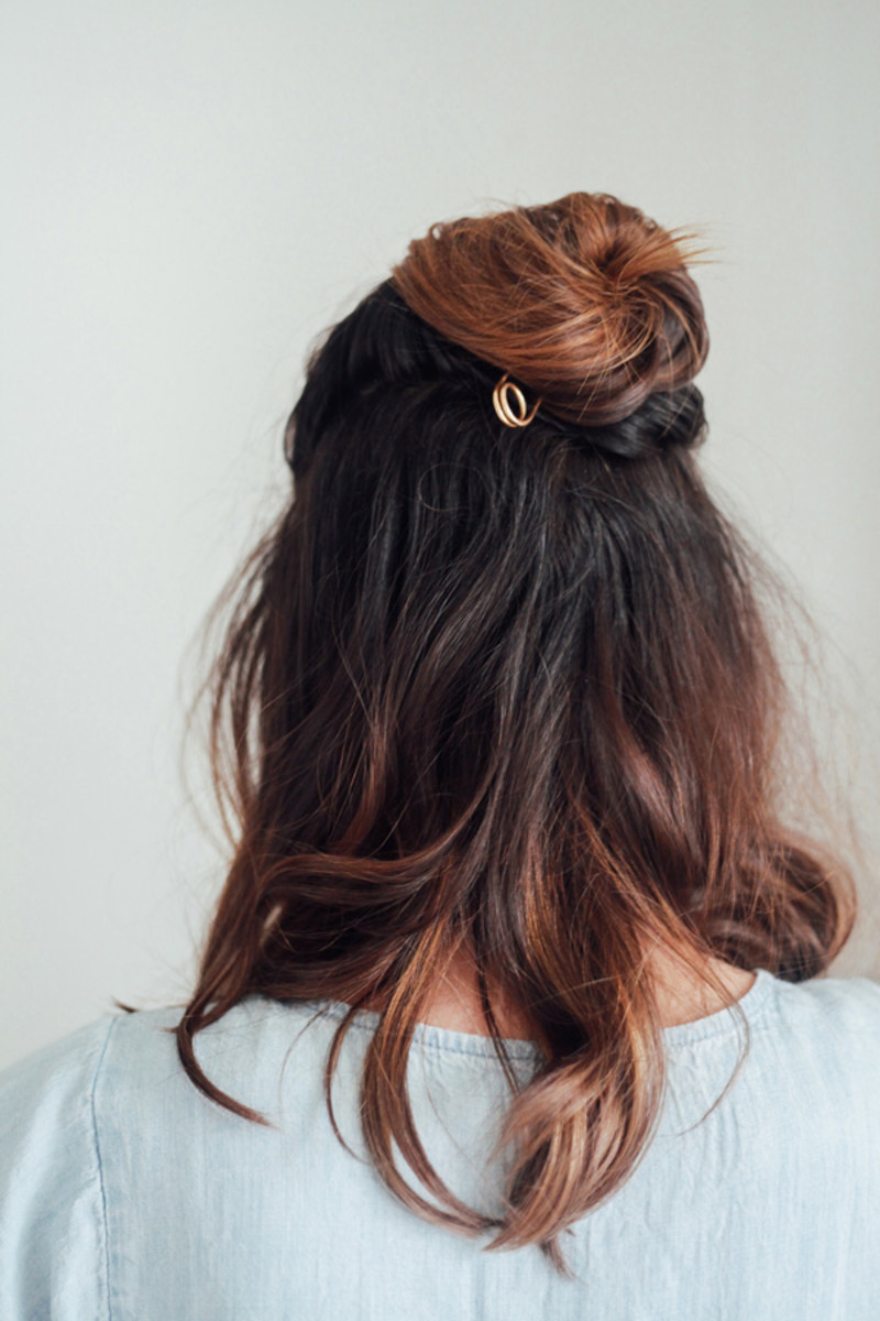 Photo Credit: Treasures & Travels Half-Up Topknot Tutorial