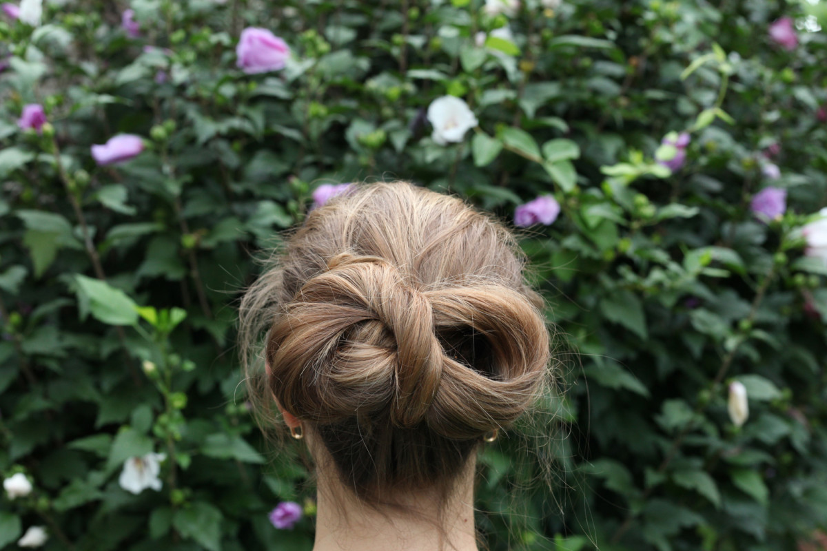 updos hairstyle for long hair beauty style hair inspiration