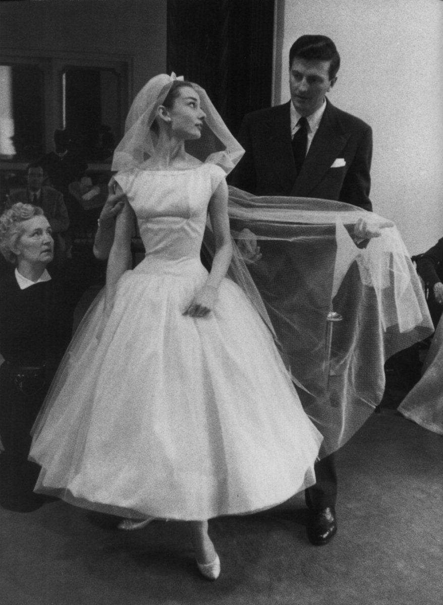 Modern Takes On Iconic Wedding Dresses Verily