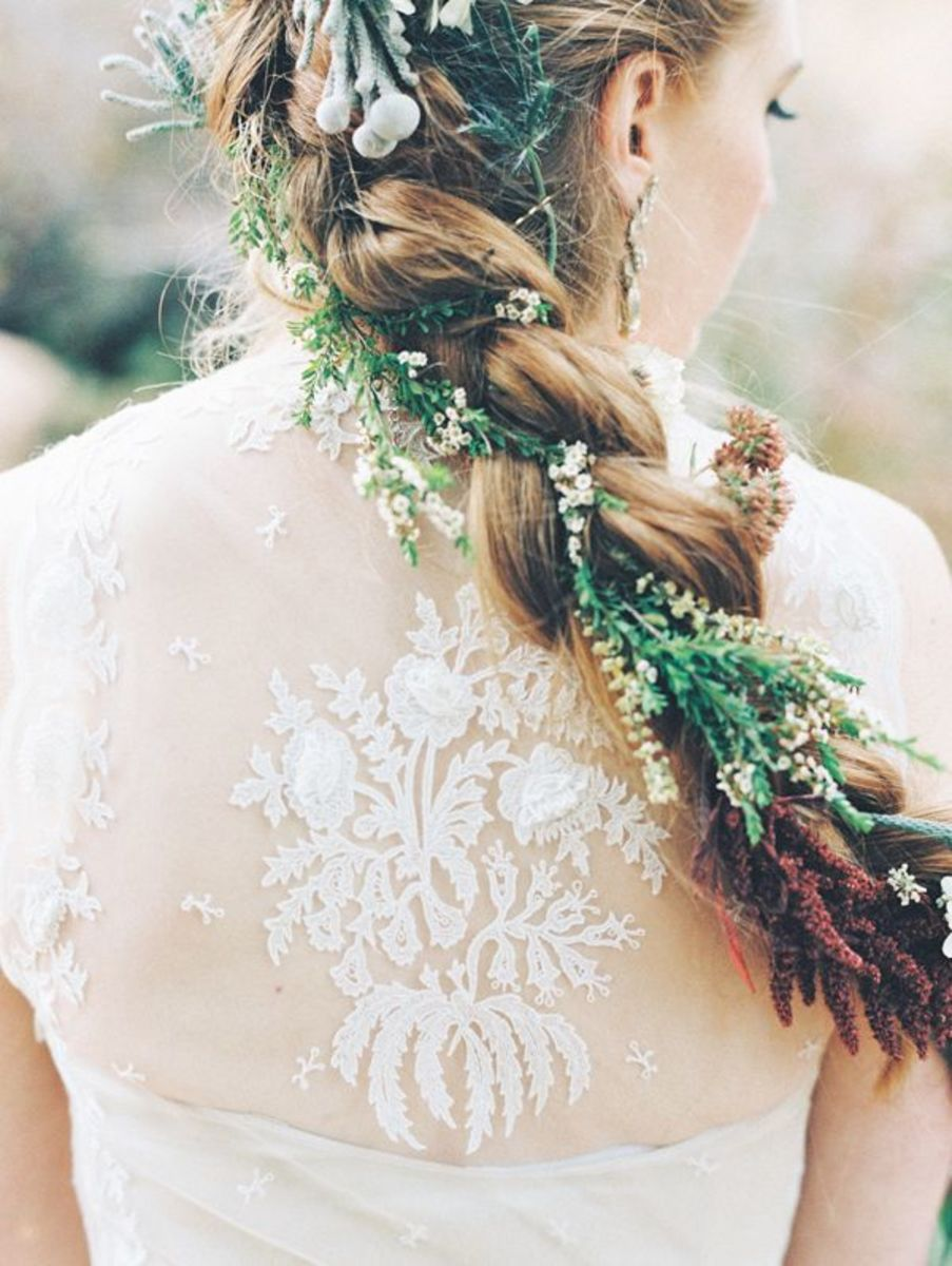 beautiful back, wedding dress inspiration, spring 2016 bridal trends