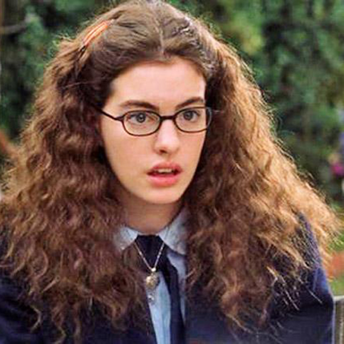 Anne Hathaway College: Clever Last-Minute Halloween Costumes You Already Have In