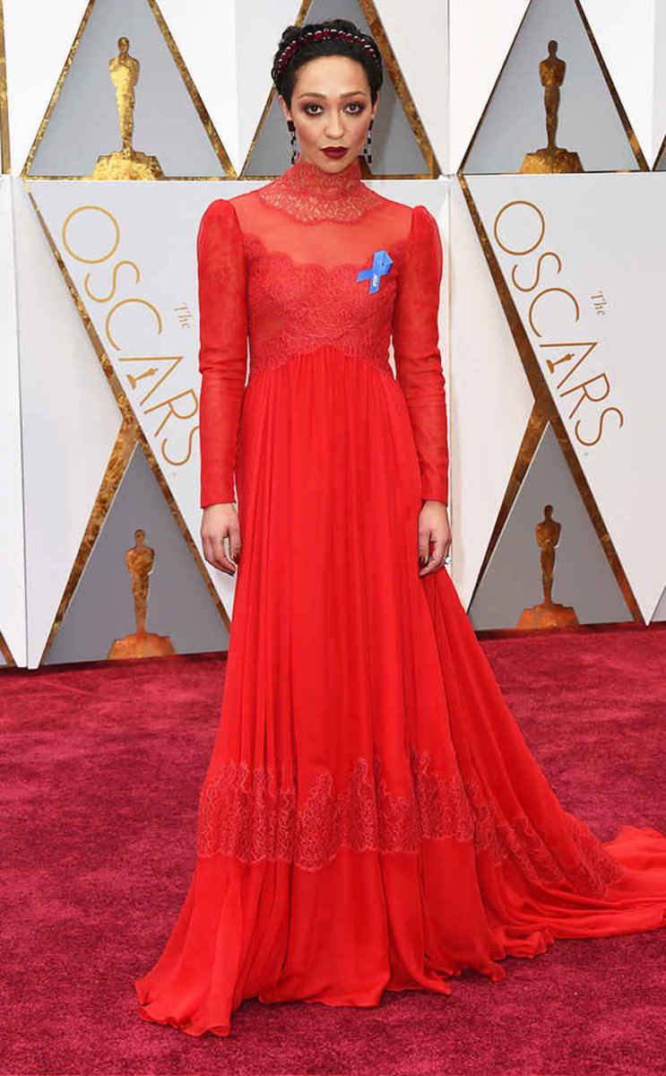 Http Www Vogue Com Slideshow Grammys  Red Carpet Celebrity Fashion