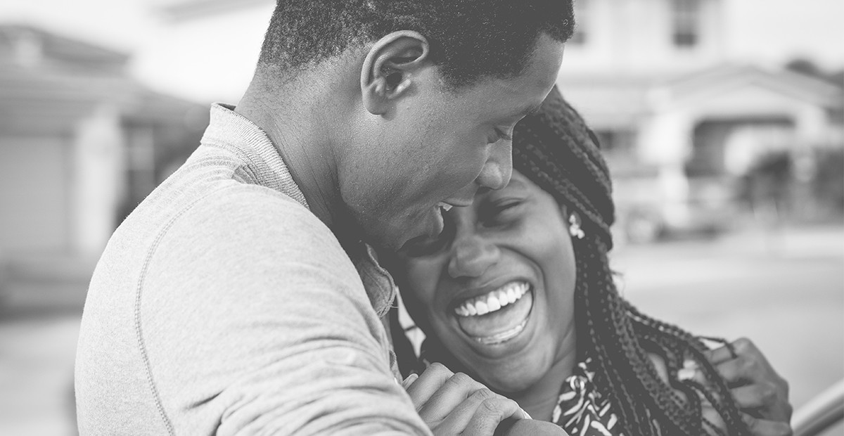 how to know if he loves you without saying it