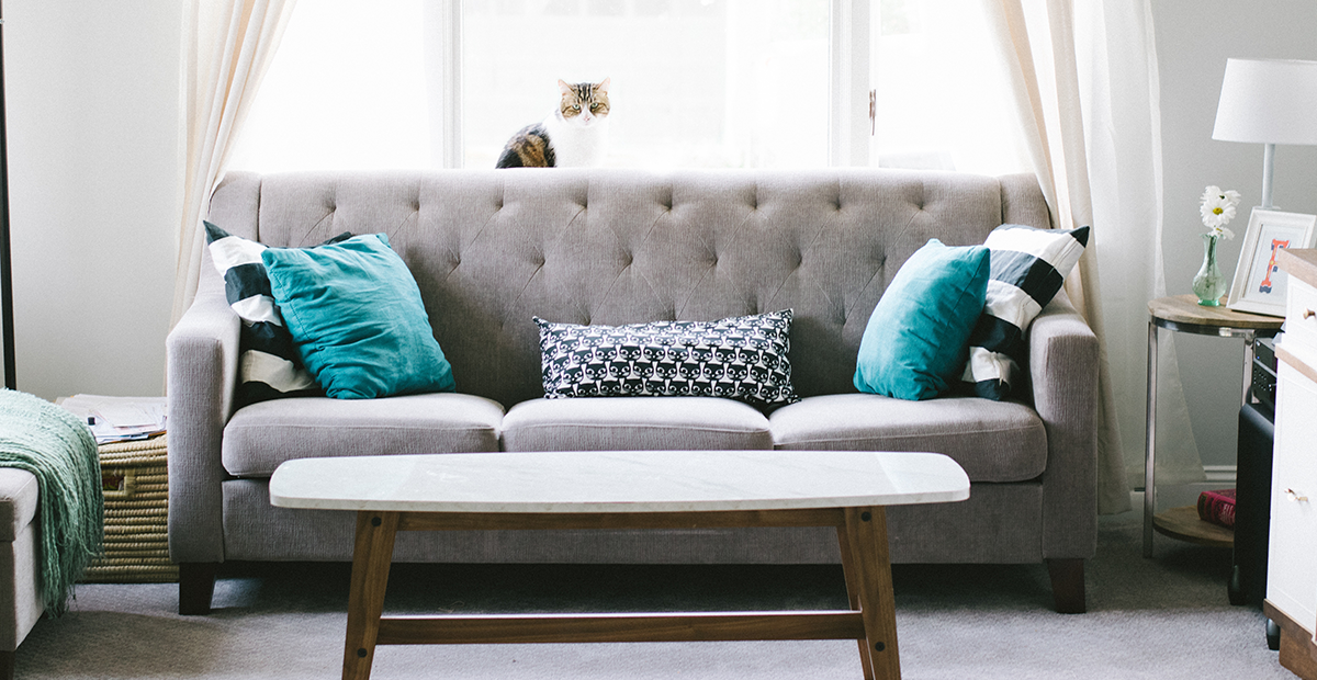 Interior Designer Secrets On How To Shop Craigslist For Home Decor
